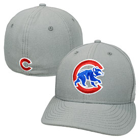 Chicago Cubs Walking Bear Gray Low Crown 59FIFTY Fitted Cap
