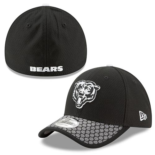 Chicago Bears Black 2017 Sideline 39THIRTY Flex Fit Cap c6b286354af